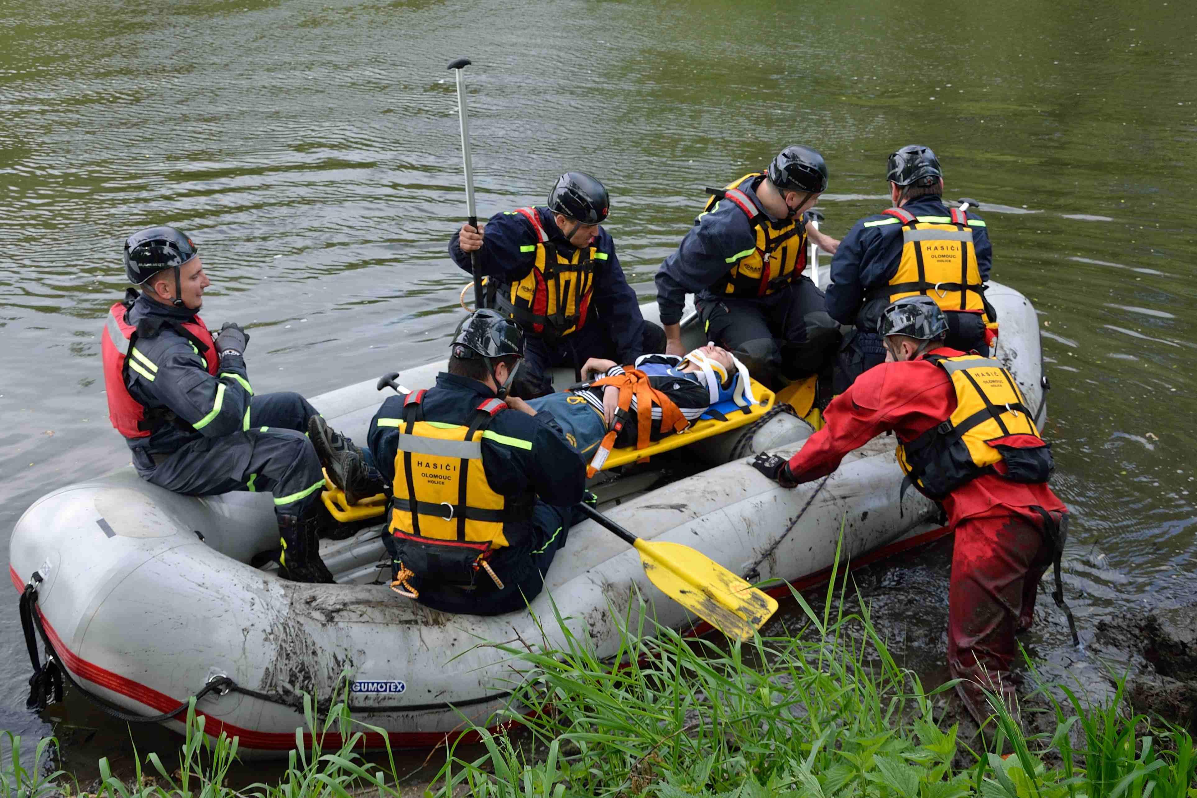 Taktické cvičení člun.